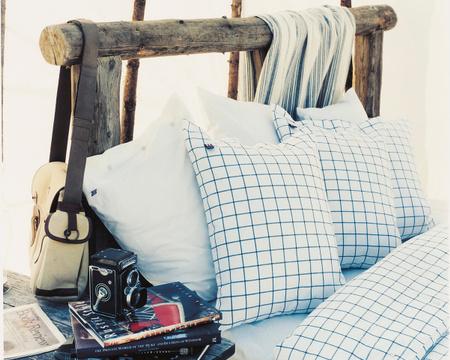 Pin Point Shaker Pillowcase, Navy/White